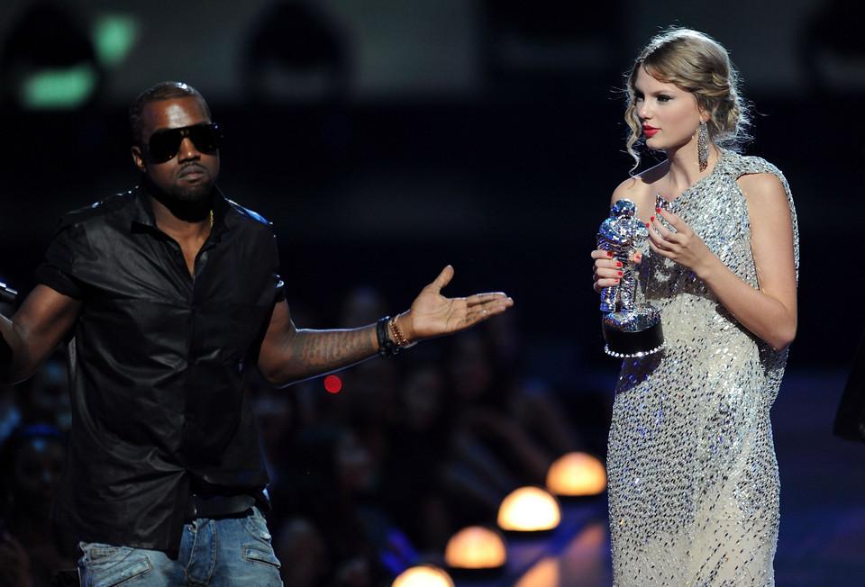 Kanye West invade discurso de Swift - Camões Rádio - EUA