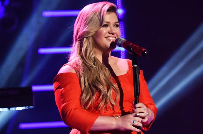 Kelly Clarkson - Camões Rádio - EUA