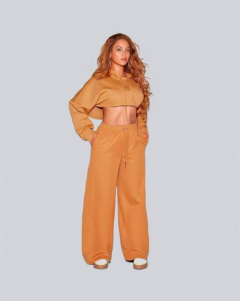 Beyonce - Adidas x IVYPARK 5 - Camões Rádio - Mundo