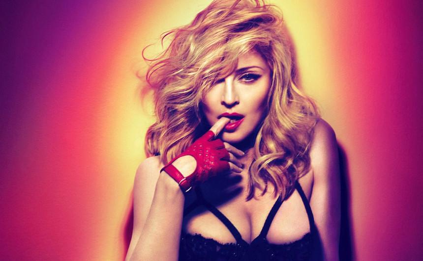 Madonna - Camões Rádio - Mundo