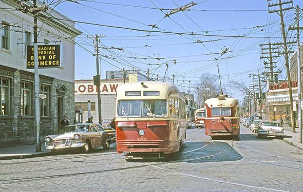 Streetcar - ruas Toronto - Camões Rádio - Canadá