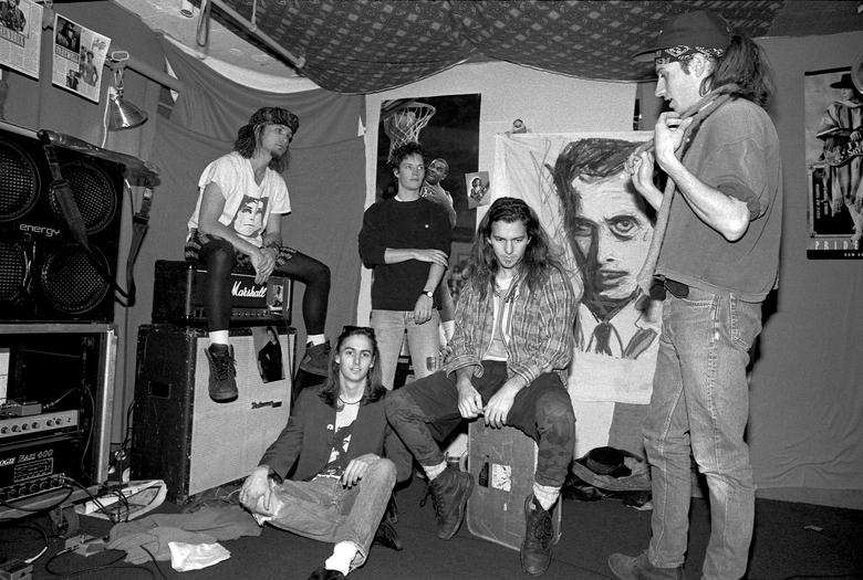 Pearl Jam 2 - Camões Rádio - Mundo