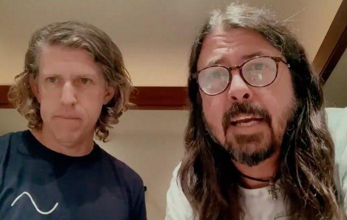 Dave Grohl - Camões Rádio - Mundo