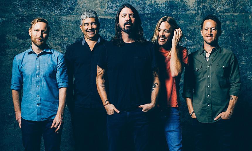 Foo Fighters Nova Música - Camões Rádio - Mundo