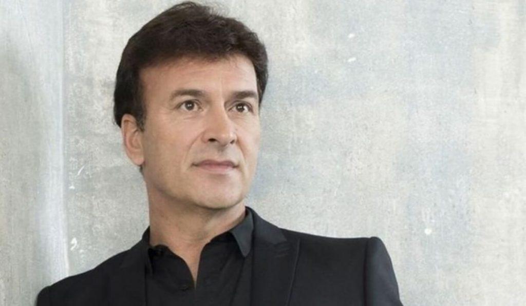 Tony Carreira vitima de fraude - Camões Rádio - Portugal