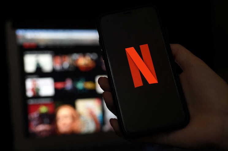 Netflix contra a partilha de palavras-passe - camões rádio - mundo.jpg