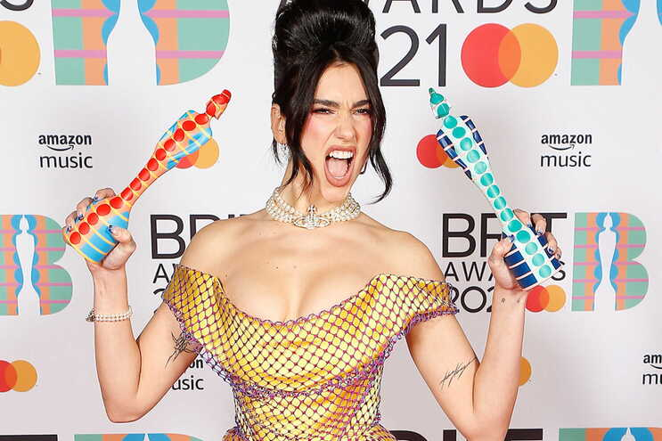 Dua Lipa BRITT Awards - Camões Rádio - UK
