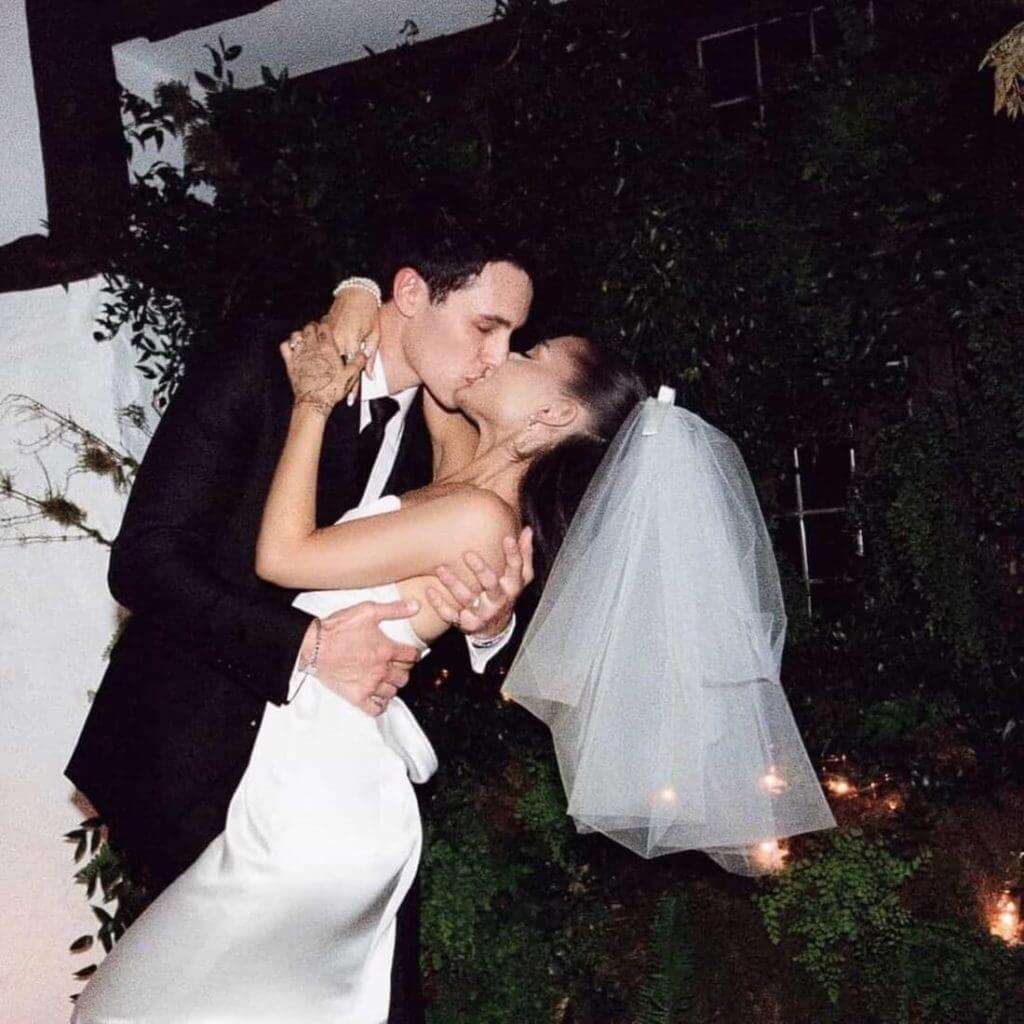 Dalton Gomez beija Ariana Grande - Camões Rádio - Casamento