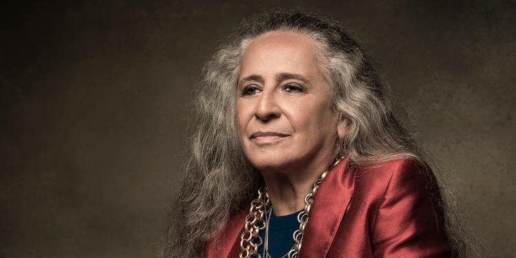 camoes radio - biografia brasileira - Maria-Bethania 2