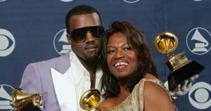 Kanye west Donda - Camões Rádio - Música