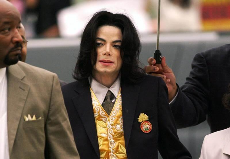 Mulher casou com fantasma de Michael Jackson - Camões Rádio - Insólito