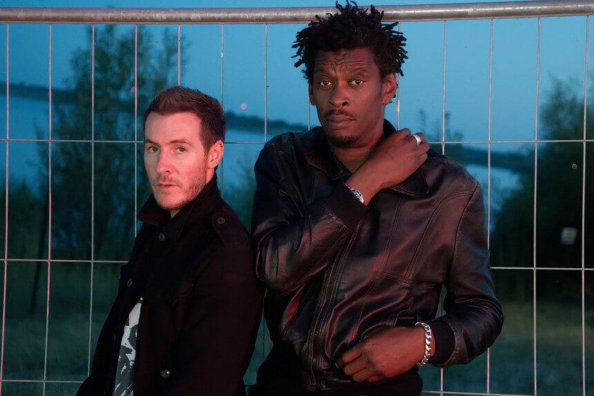 Massive Attack reduzir emissões de CO2 - Camões Rádio - Novidades