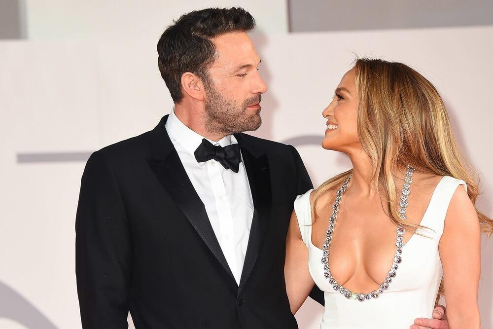 Jennifer Lopez e Ben Affleck vão casar - Camões Rádio - Notícias