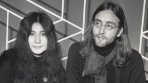 Yoko Ono e John Lennon Imagine - Camões Rádio - Música