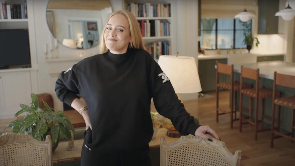 Adele revelou objeto mais precioso - Camões Rádio - Notícias