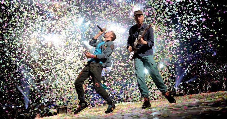 Coldplay tocam Pearl Jam - Camões Rádio - Música